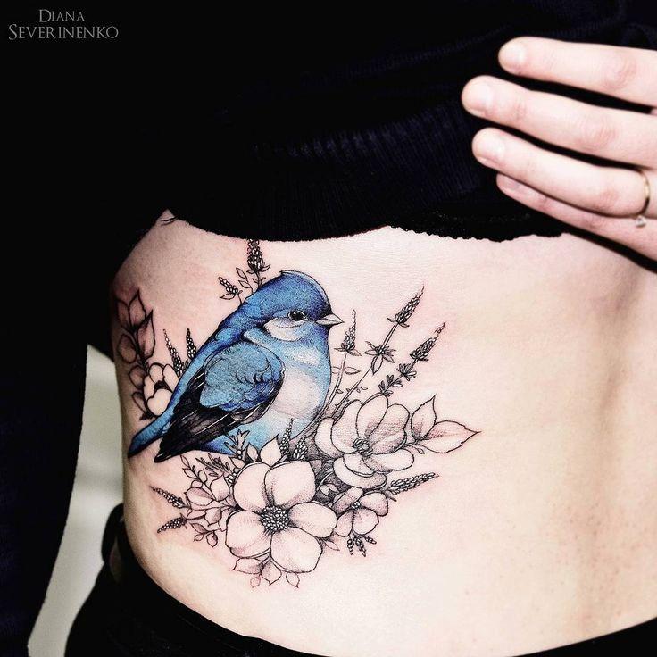 Tatouage Oiseau Bleu Avec Fleurs Flanc Femme Tattoos Tattoos