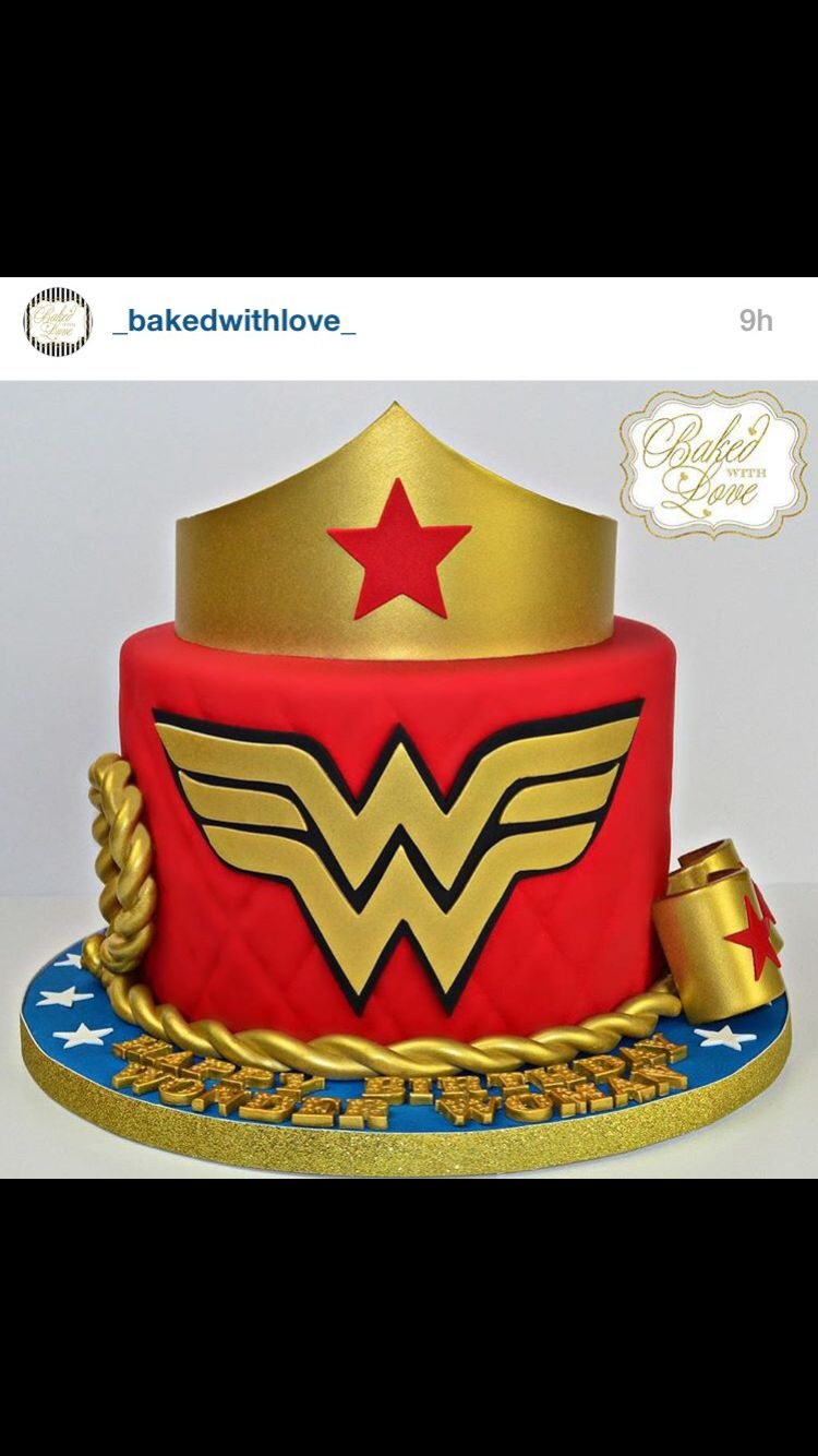 f014e218849 Hands down the Best Wonder Woman cake I ve seen! The detail is incredible.