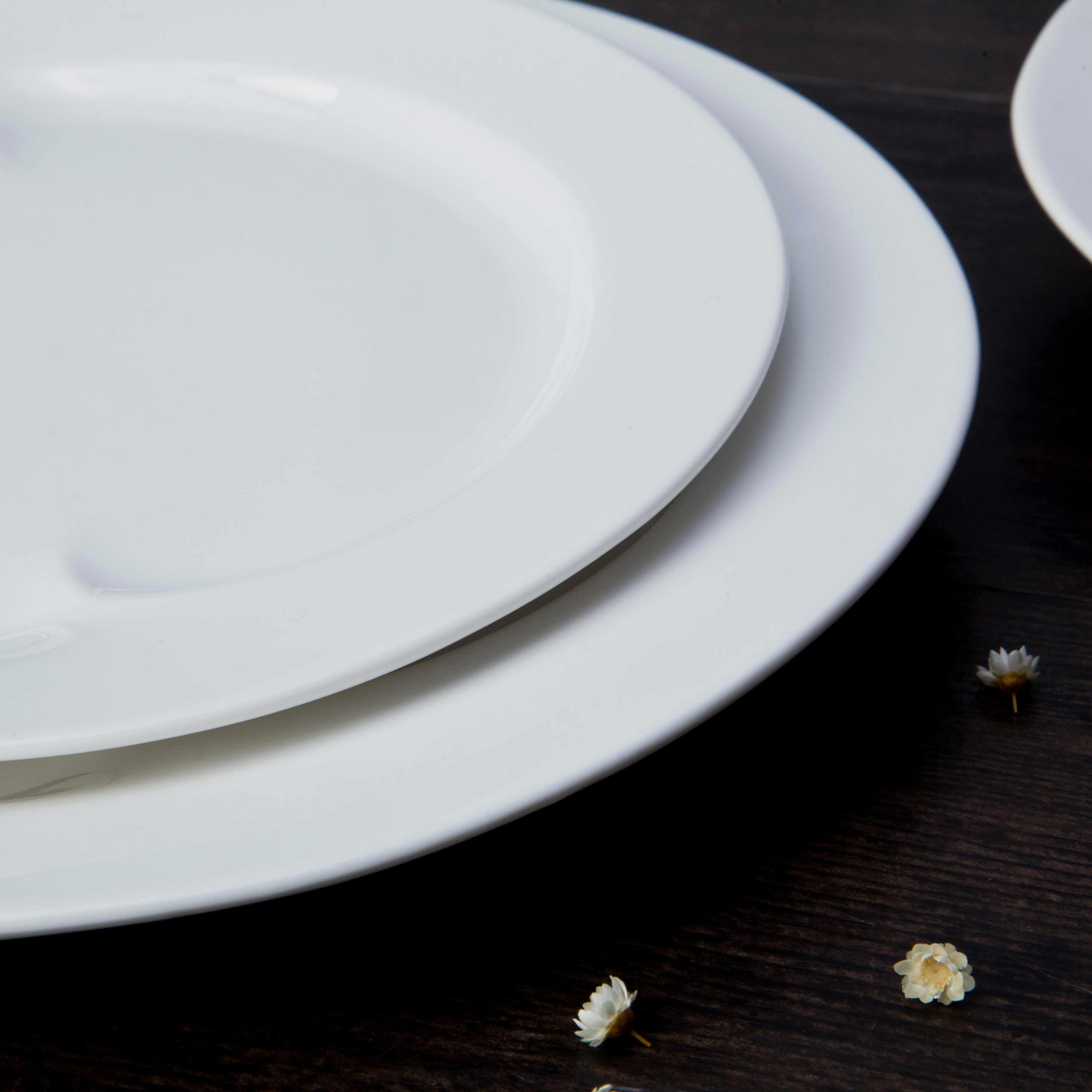 Best White Porcelain Plates Ideas And Design Gallery 10 Piece Restaurant White Ceramic Dinnerware Ceramic Dinnerware Ceramic Dinnerware Set Ceramic Dinner Set