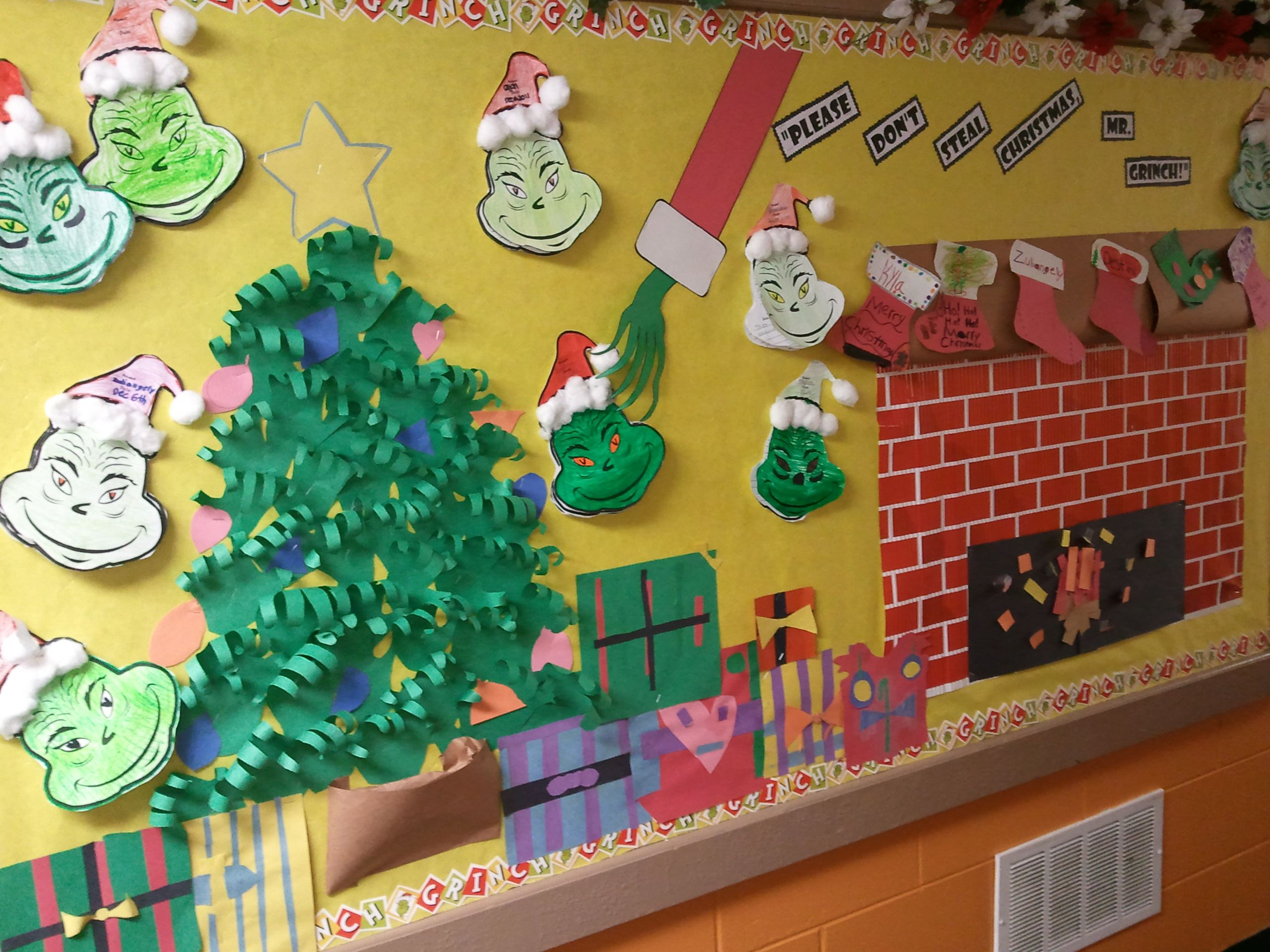 Grinch Christmas Bulletin Board | Christmas classroom ...