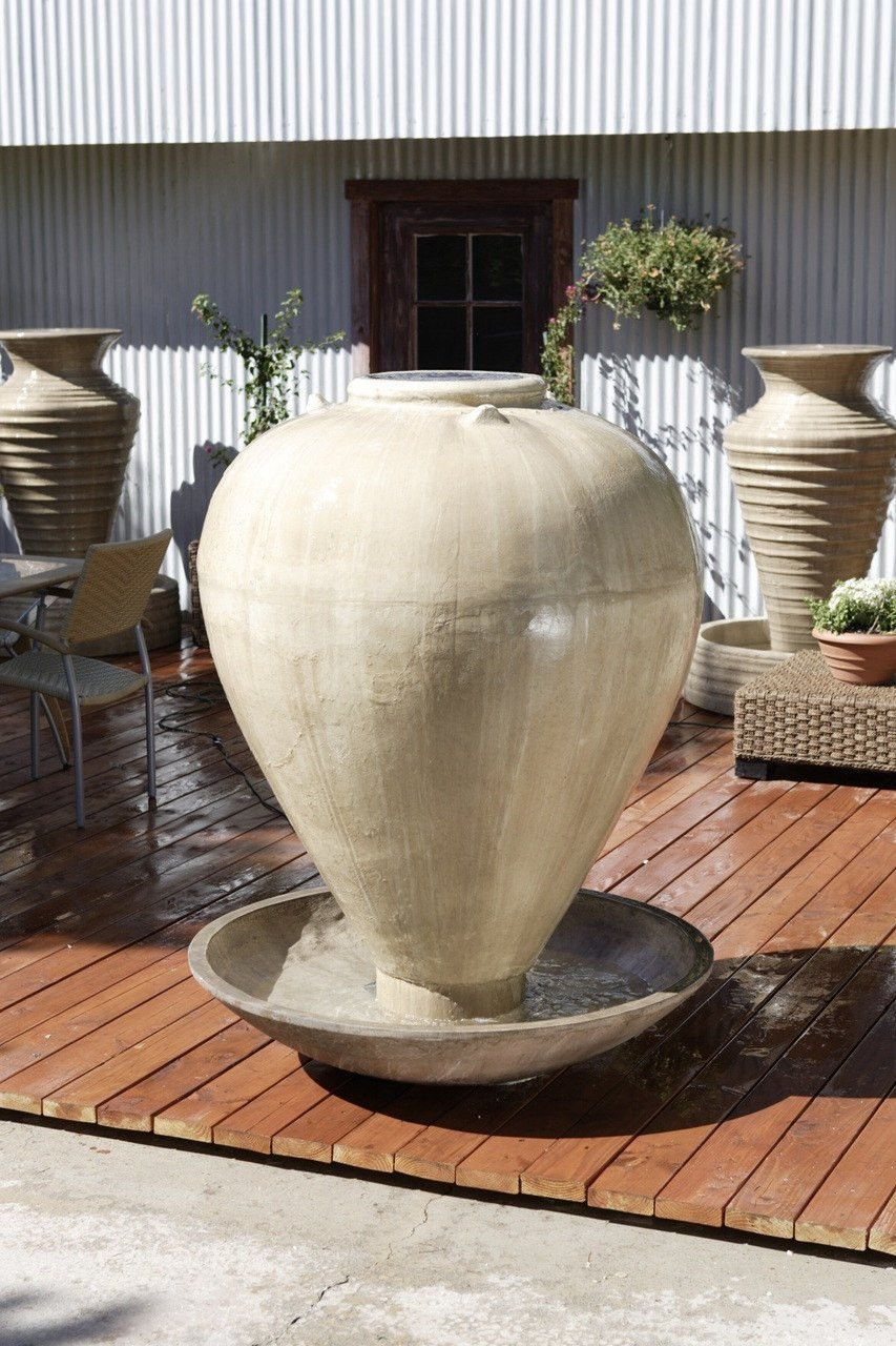 Large Vase With Wok Garden Water Fountain
