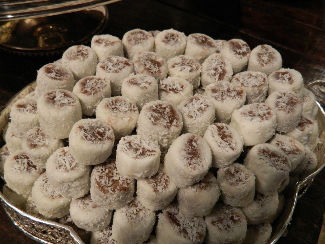 Bala De Coco Gourmet Doces E Sobremesas Balinha De Coco Receitas