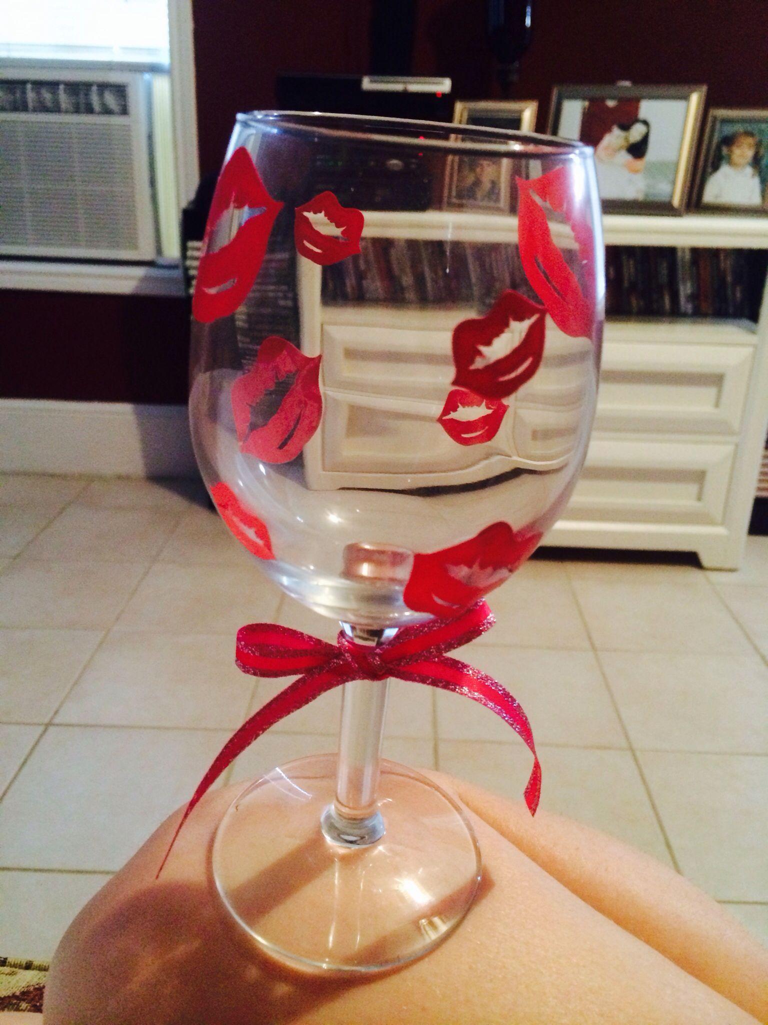 Kisses Wine Glass Valentines Day Wine Bottle Glasses Wine Decor Wine Glass