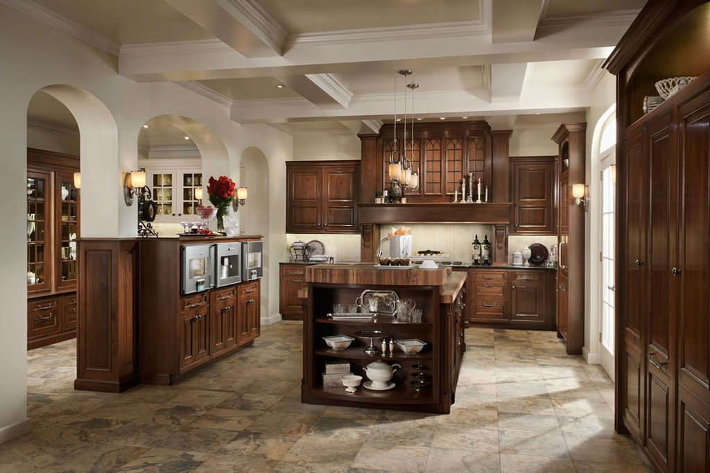 WoodMode Houston, Texas Custom kitchen