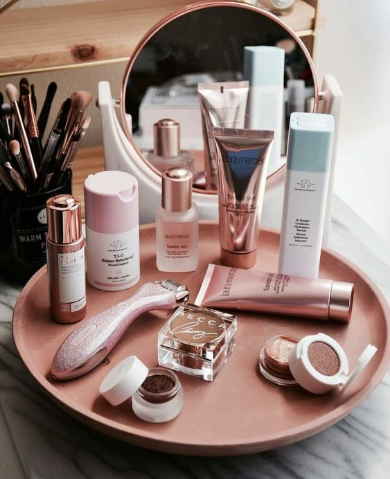 glam makeup, natural makeup, soft glam makeup, eye shadow palettes, makeup tips, foundation tips, eye shadow tips…   Skin makeup, Soft glam makeup, Makeup skin care
