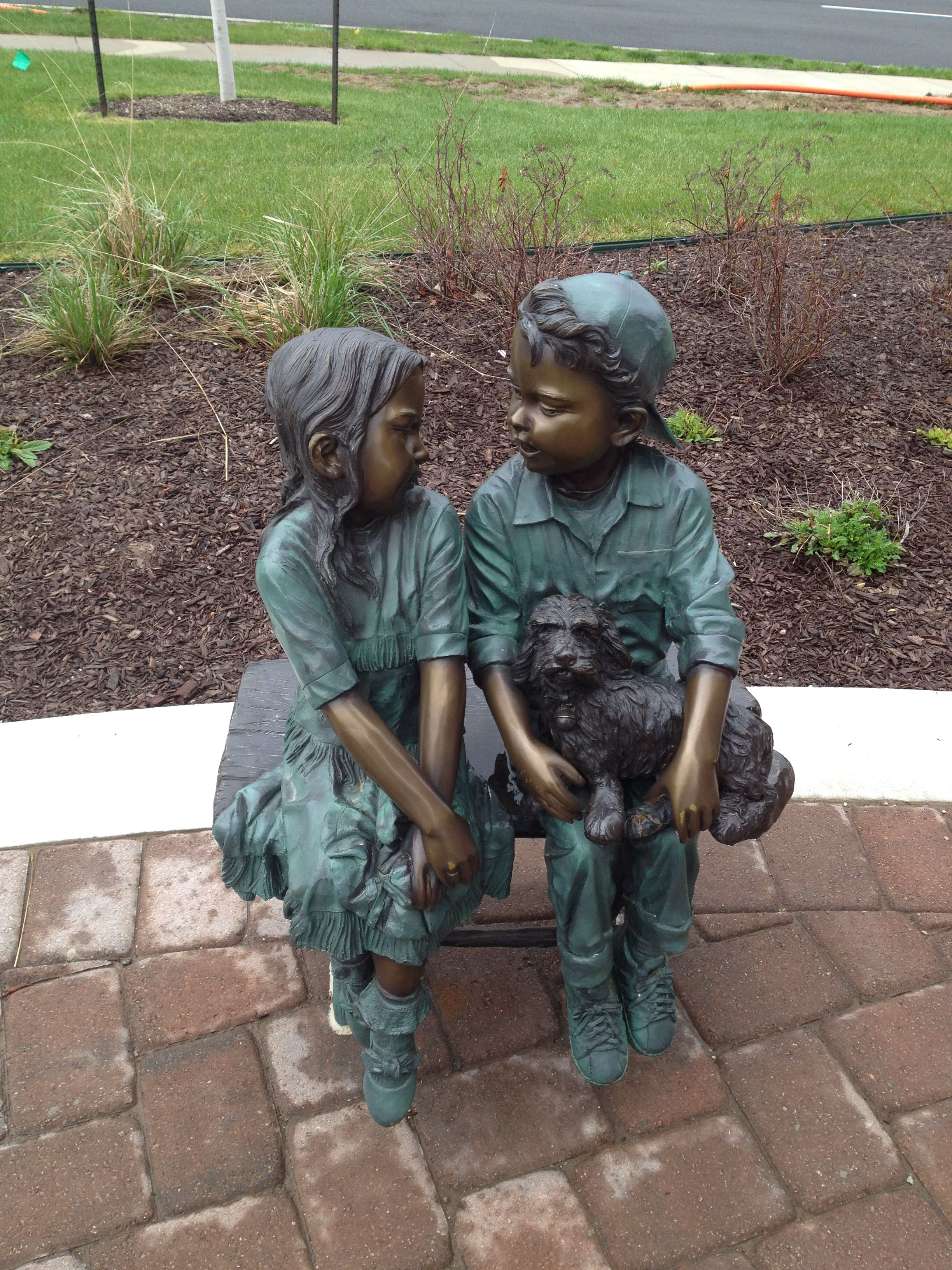 Sculpture at walgreens town center in leawood ks