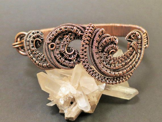 Bracelet/Armreifen/Kupferdraht/antik wirkender Schmuck/wireweaving ...