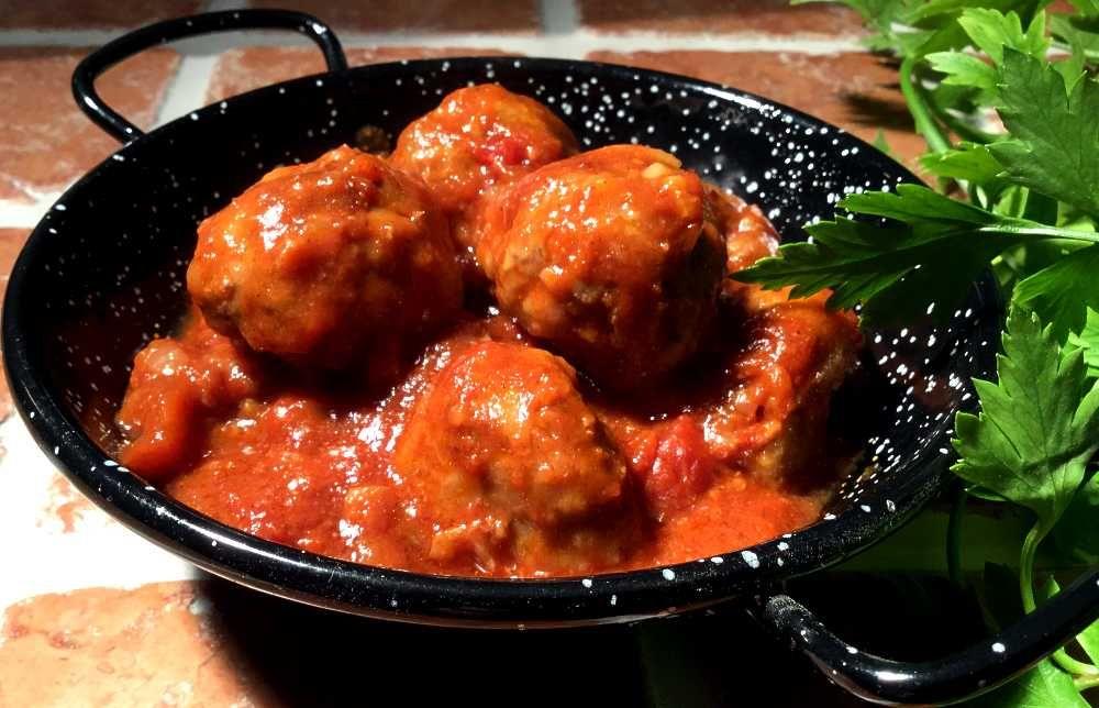 Albondigas Opskrift albÓndigas en salsa de tomate / kjØttboller i tomatsaus | tapas