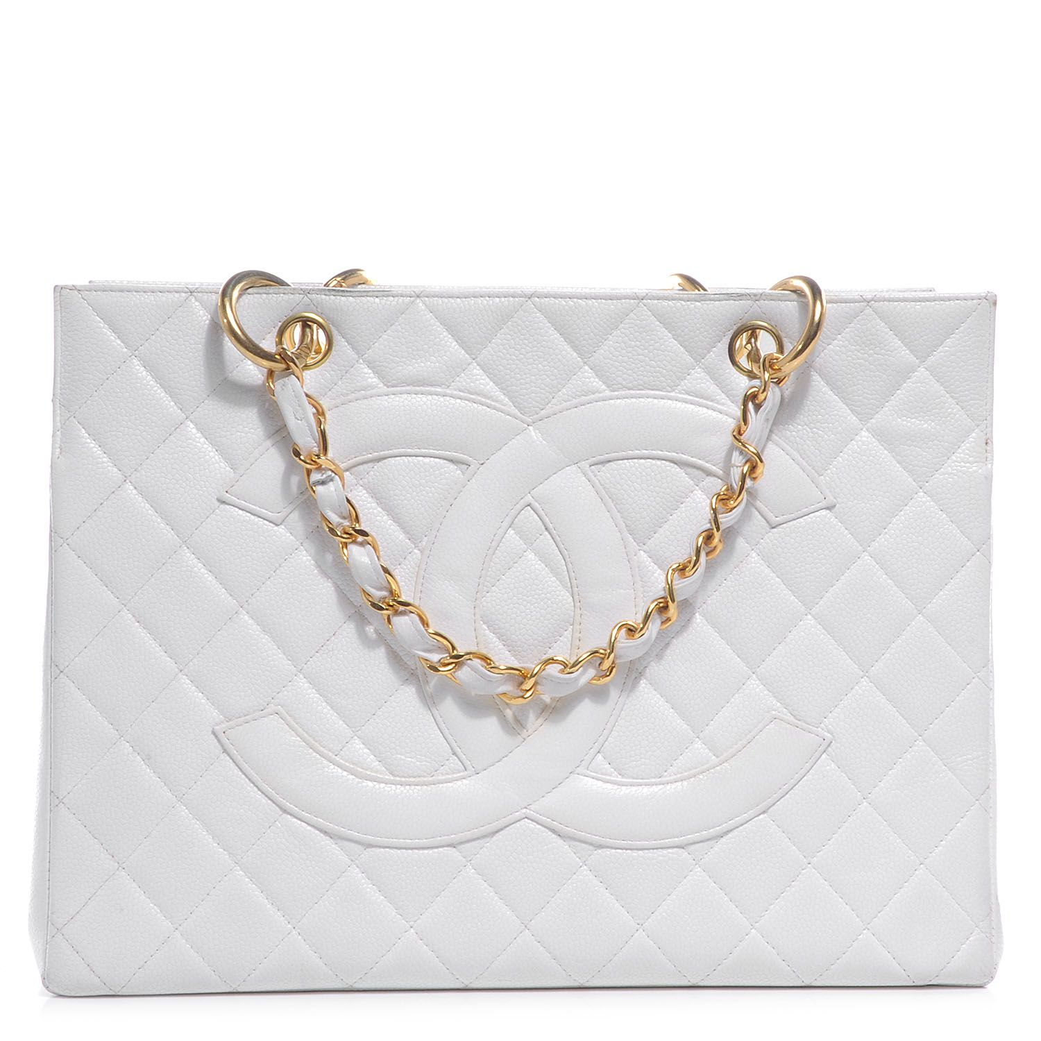 de460d9b9a46 This is an authentic CHANEL Vintage Caviar Grand Shopping Tote GST in White.  This stunning tote is beautifully crafted of luxurious diamond quilted white  ...