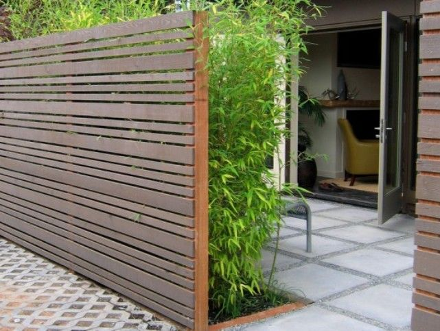 Minimalist Wooden Fence Design For House | 1100 Grand: Yard ...