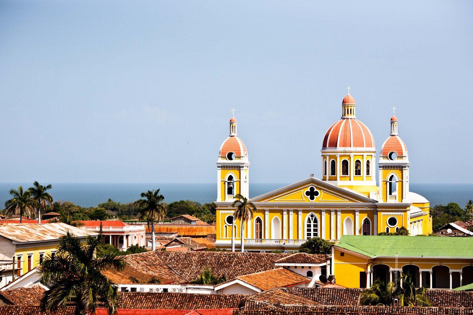 Granada Nicaragua Beautiful Colonial Town In The