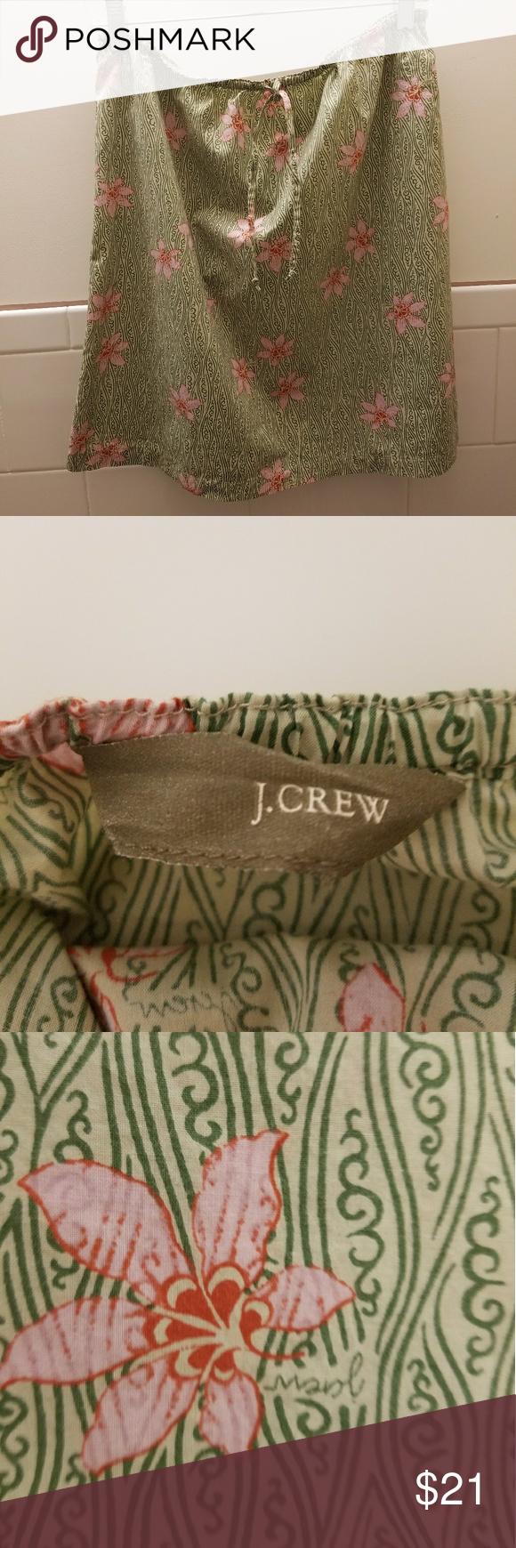 J. Crew skirt Beautiful flower summer skirt.  It's universal size.  Fit perfect sa medium size. I wear it couple times. J. Crew Skirts Midi