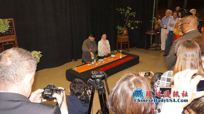 Chinese Floral Arts Exhibit at LA County Arboretum in 2015 中華花藝基金會之花藝展出 「花史 。傳承 」
