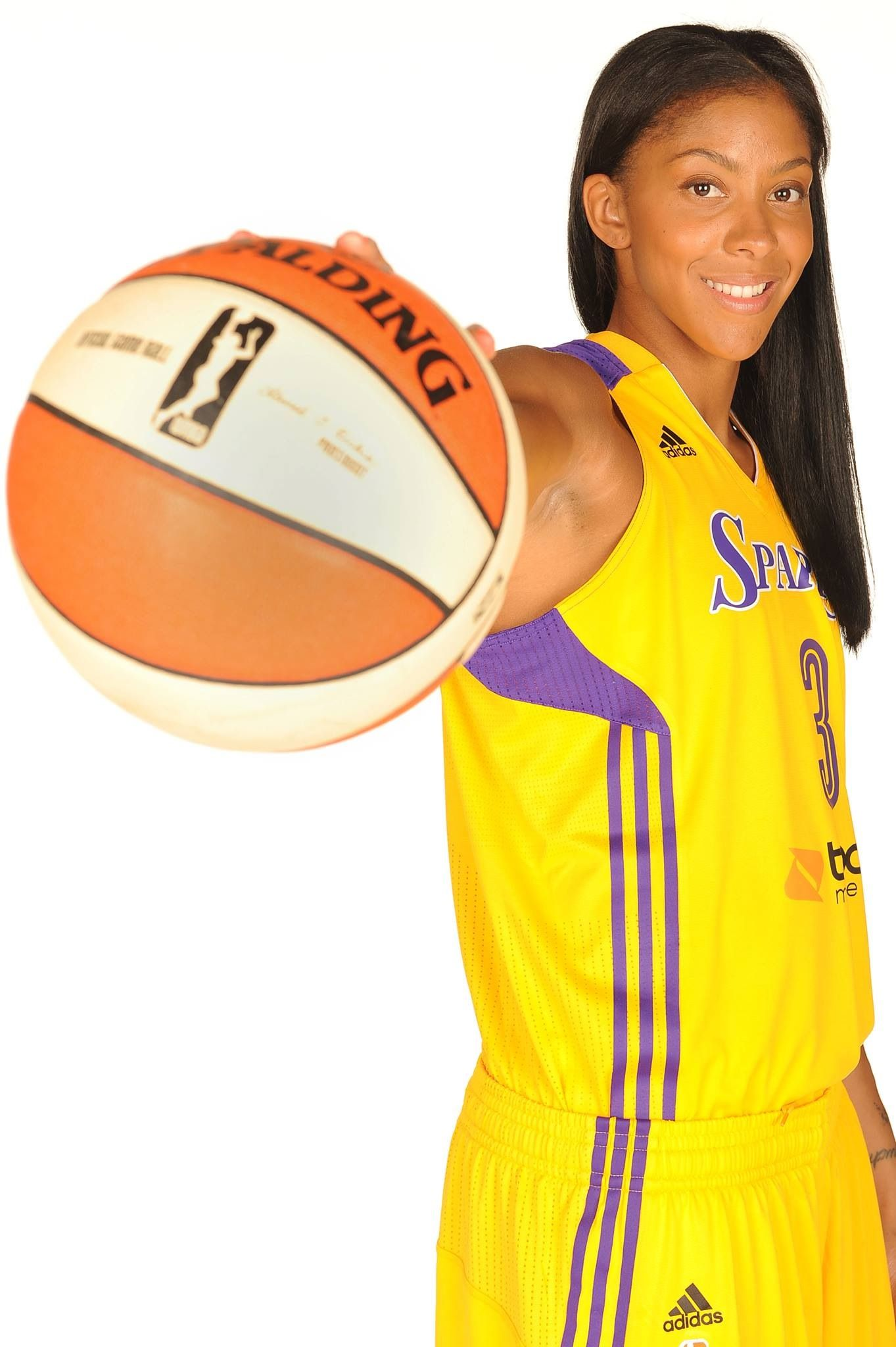 Candace Parker Is Voted As The Best Wnba Player At The 2013 Espy S Candace Parker Basketball Girls Basketball Team Pictures