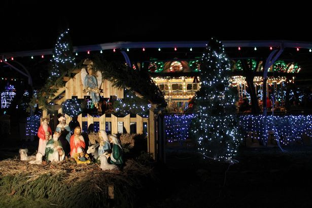 Kennywood Christmas.Kennywood Holiday Lights A Christmas House