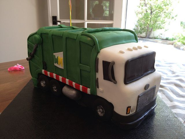 Garbage Truck Birthday Cake 7 Nice Decoration Idea Hanbly