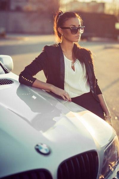 Pin Ot Polzovatelya Dona Crowley Na Doske Hair Make Up Devushka S Avtomobilem Devushki S Avtomobilyami Fotosessiya