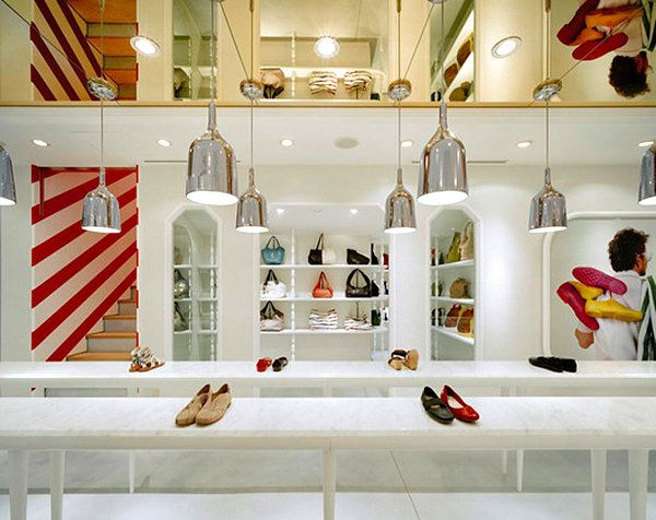 20 Store Displays That Showcase Amazing Design