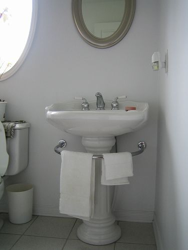 Pedestal Sink With Wall Mounted Towel Bar With Images