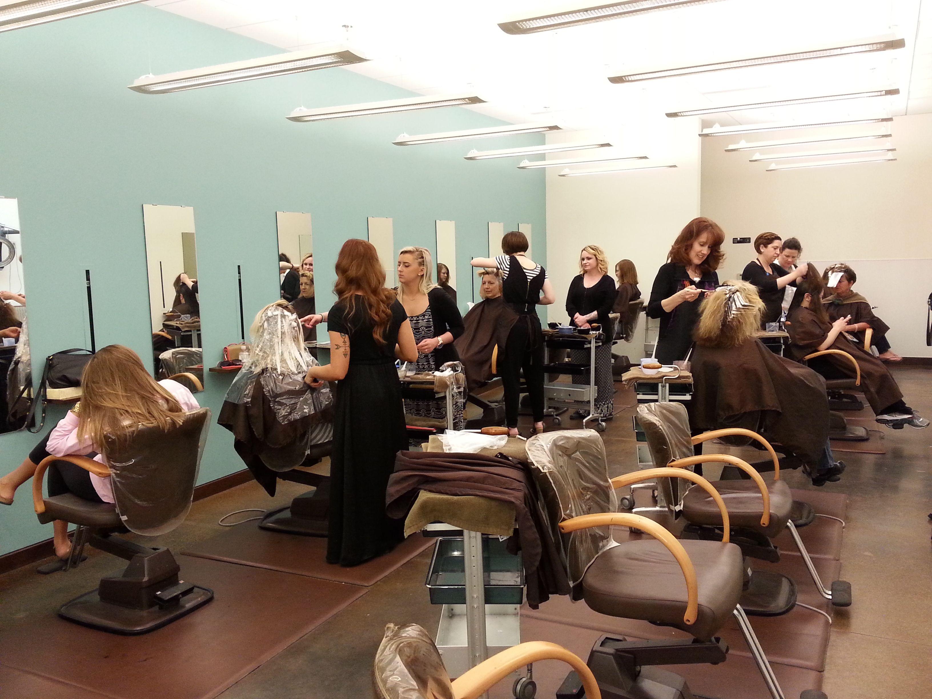 The Color Room At Aniu New Color Hair Salon Hair
