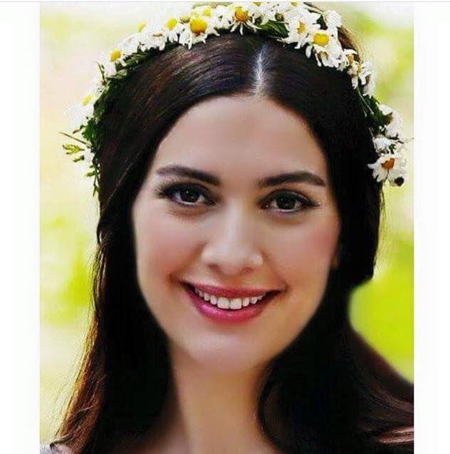 Naie Mariana (@MarianaNaie)   Turkish actors, Actresses ...