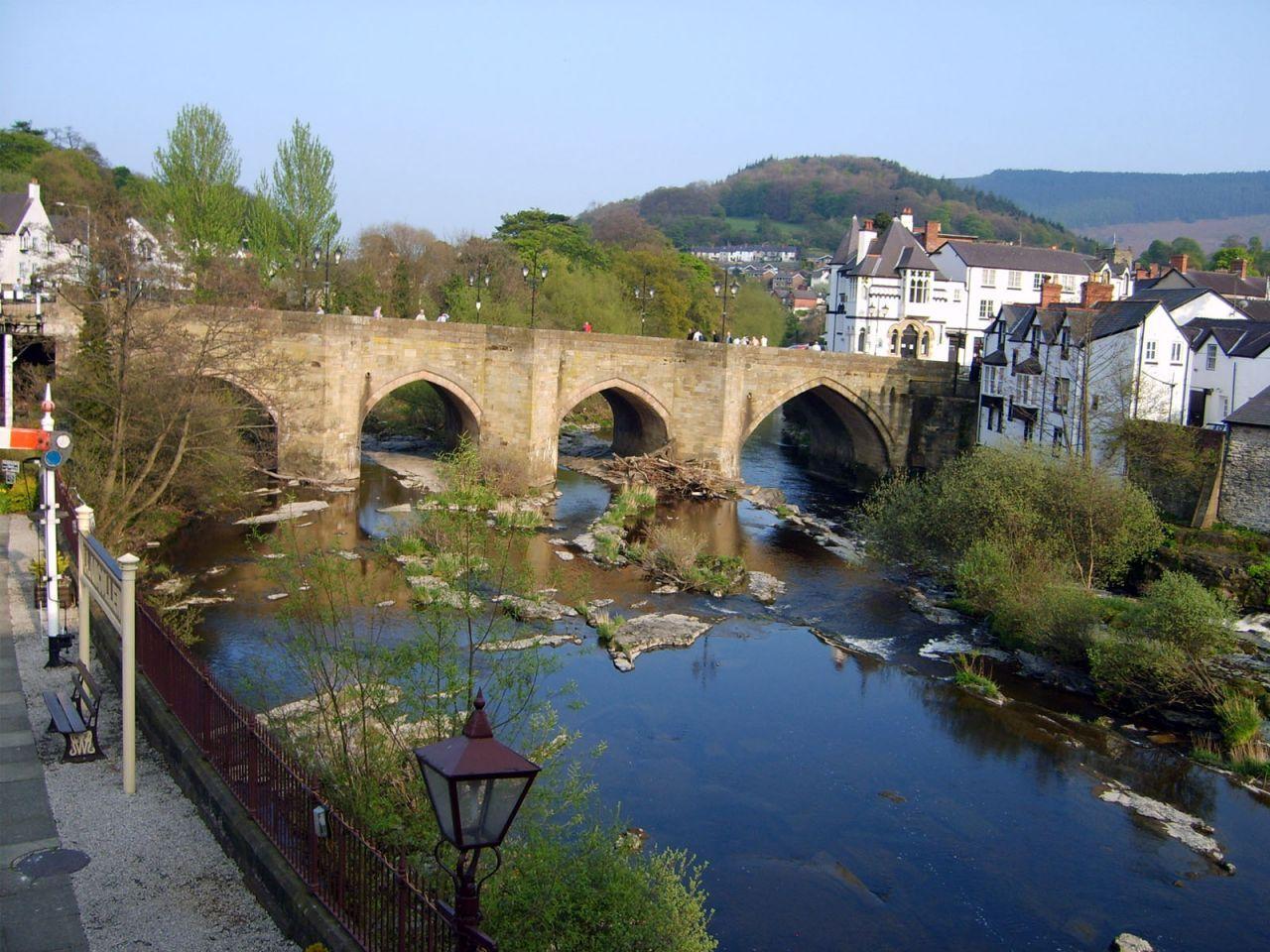 llangollen bridge, llangollen, denbighshire