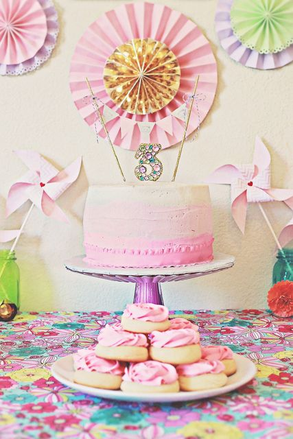Lovely Ombre Cake At A Kittens Flowers Birthday Party See More Ideas CatchMyParty