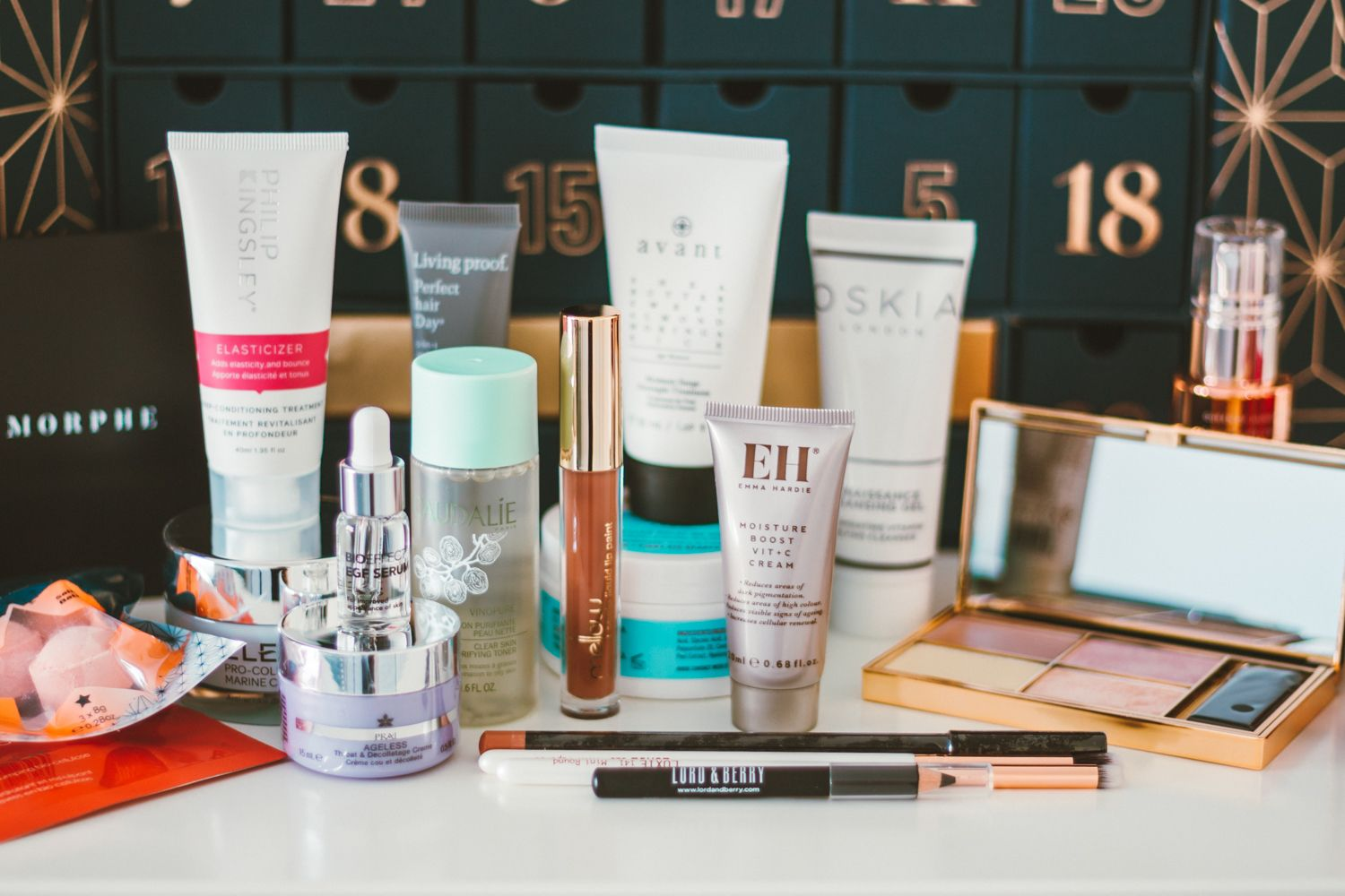 What S Inside The Lookfantastic Advent Calendar 2019 Beauty