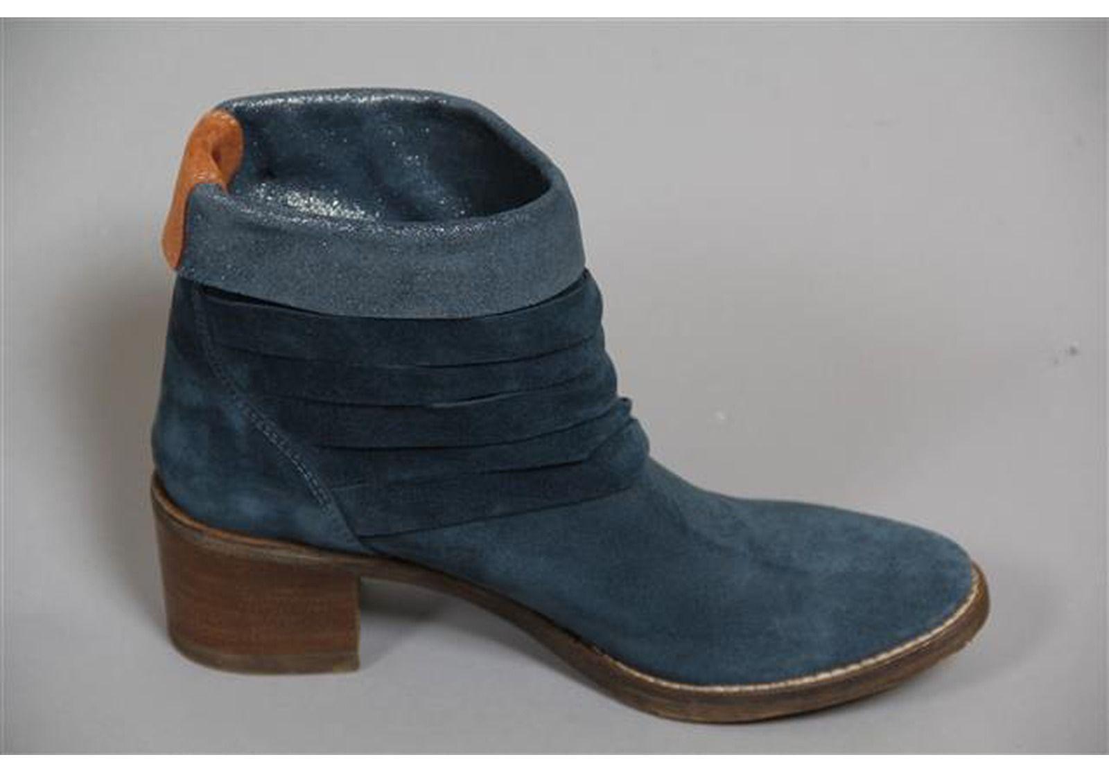 b51d2e8607ae3 Lune Et L autre Bottes   Boots Chaussures Boots Lune Et L autre Bleu ...