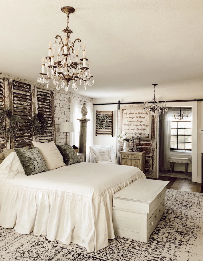Our Top Vintage Bedroom Ideas Your Guide To Antique Bedroom Decor Bedroom Vintage Farmhouse Bedroom Decor Rustic Farmhouse Bedroom