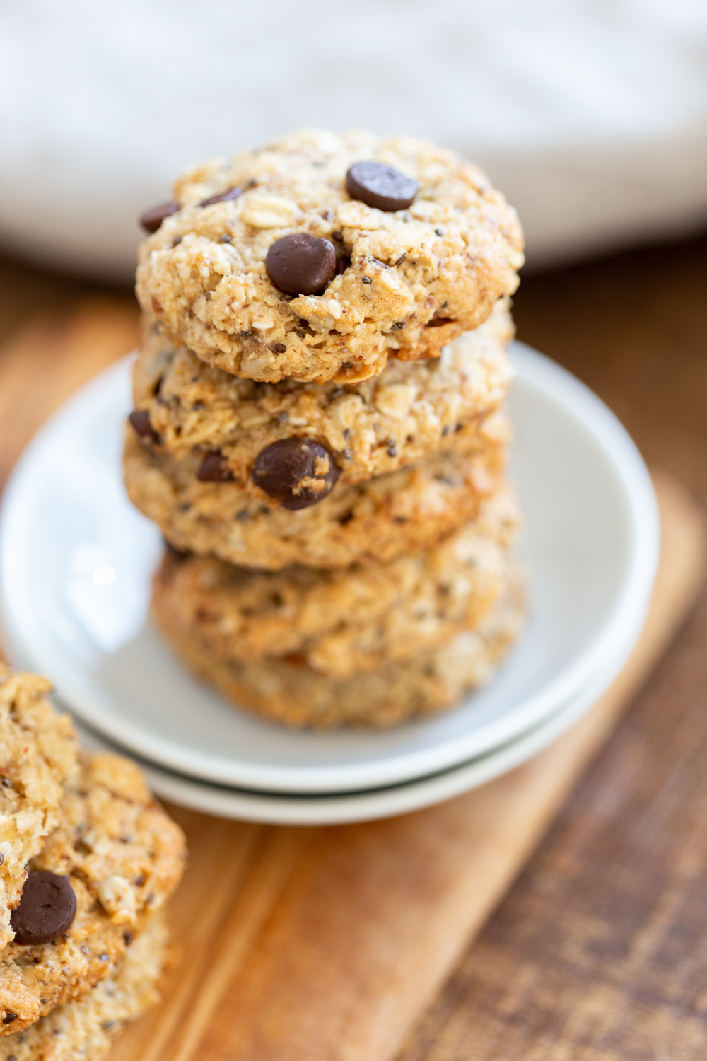 These Vegan Breakfast Cookies Are Satisfying With The Oats Nuts Seeds They Are Also Glut In 2020 Breakfast Cookies Breakfast Cookies Gluten Free Gluten Free Cookies