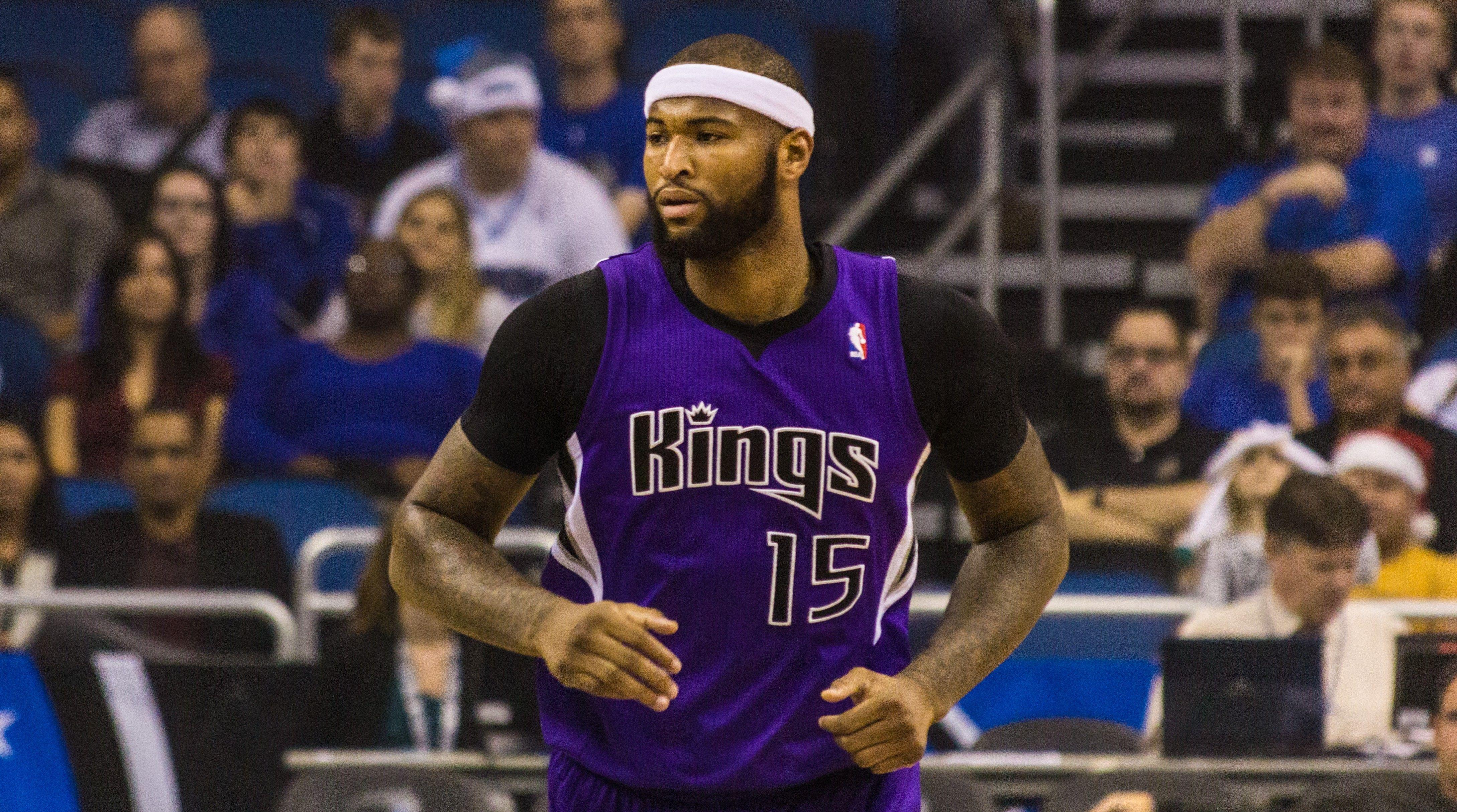 Demarcus Cousins Could Be Traded To Lakers For Hibbert Clarkson Randle Jordan Clarkson Nba Jordan