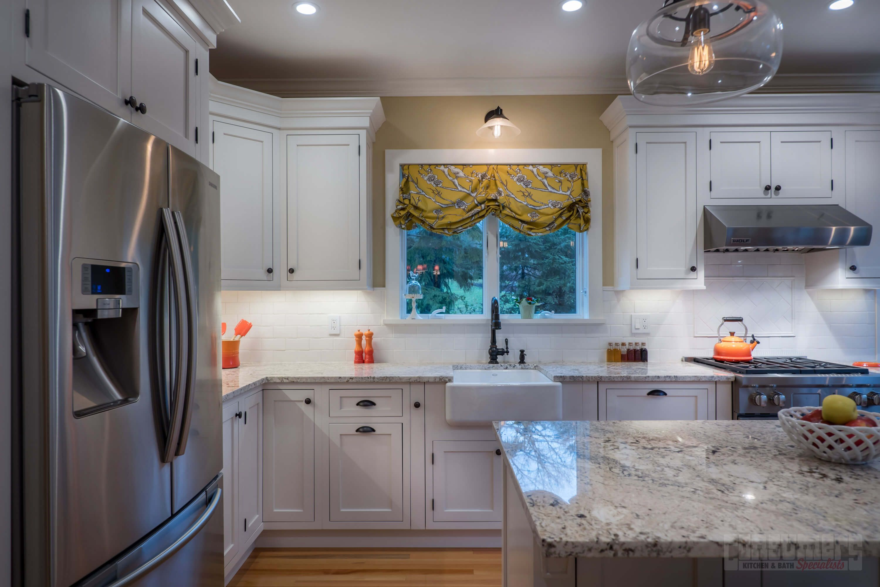 Pin By Consumers Kitchens Baths On Stylish In Huntington