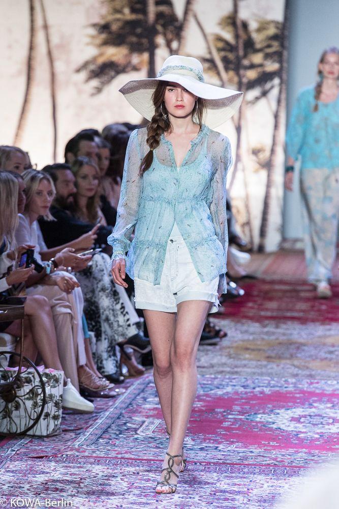 Marc Cain Spring Summer 2017 MBFW Berlin - Mode, Shopping, Designer, Trends - Fashionstreet-Berlin