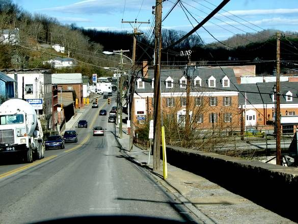 Pin By Fordman425 On Ronceverte Wv Small Town Charm West Virginia Small Towns Virginia