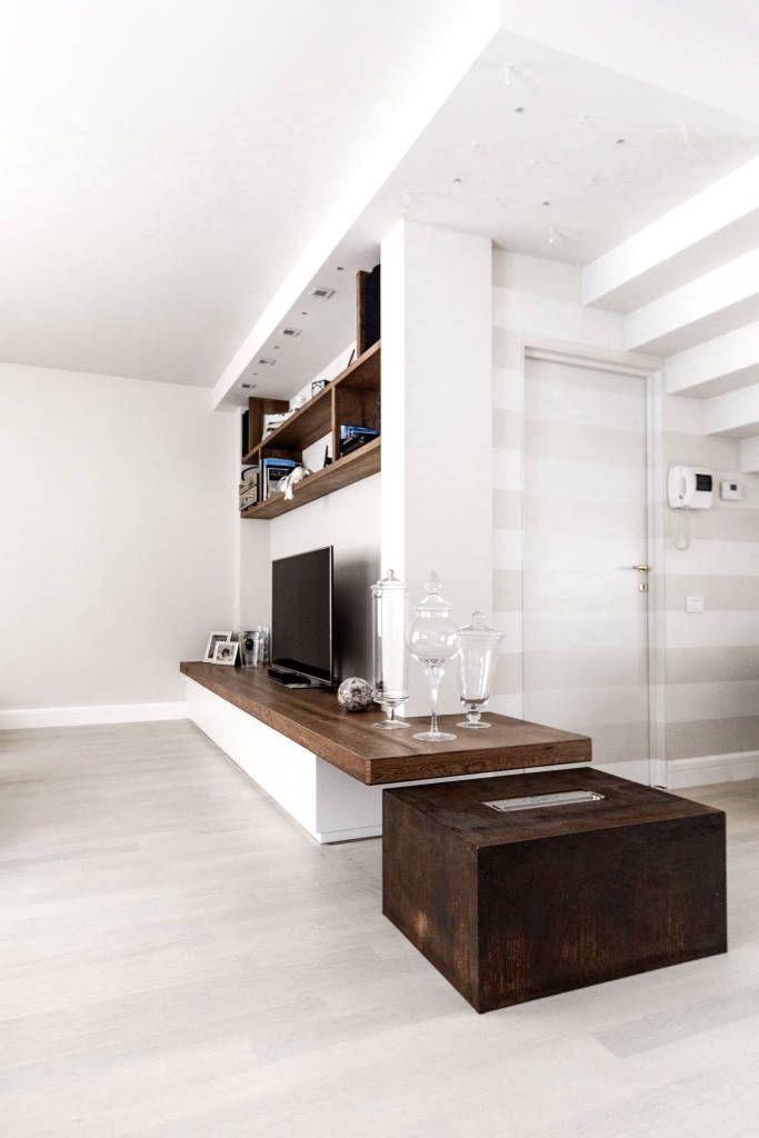 Soggiorno Moderno E Classico.Un Appartamento Che Unisce Stile Classico E Moderno A Monza