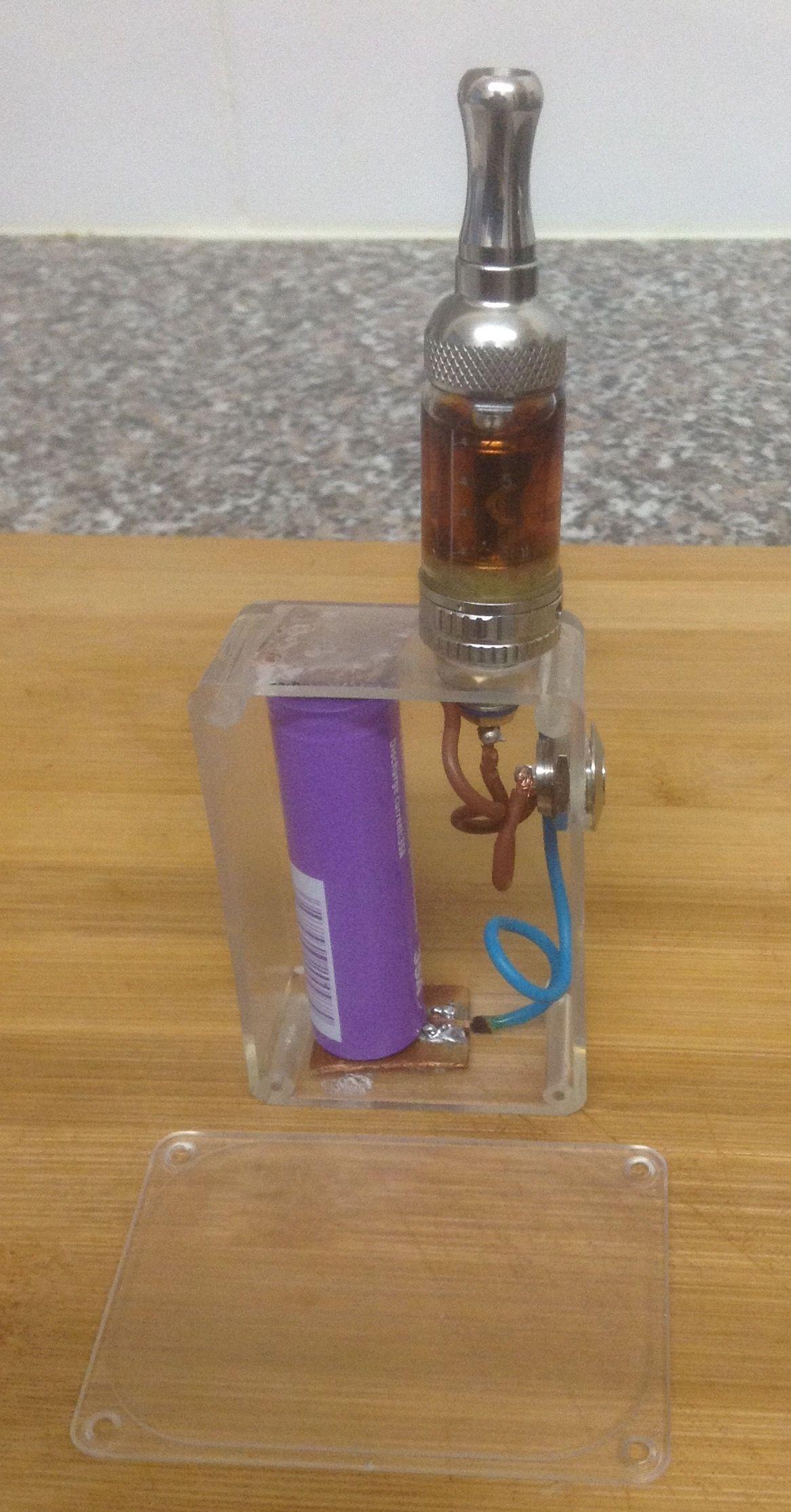 Homemade, unregulated, single 18650 box mod, made with