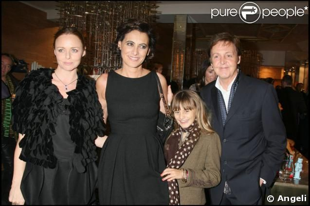 Ines with younger daughter, Paul & Stella McCartney.