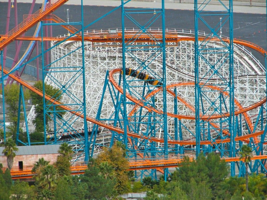 Goliath Is A Steel Roller Coaster Made By Giovanola Of Switzerland The Hypercoaster Is Located In The Colo Roller Coaster Amusement Park Wooden Roller Coaster