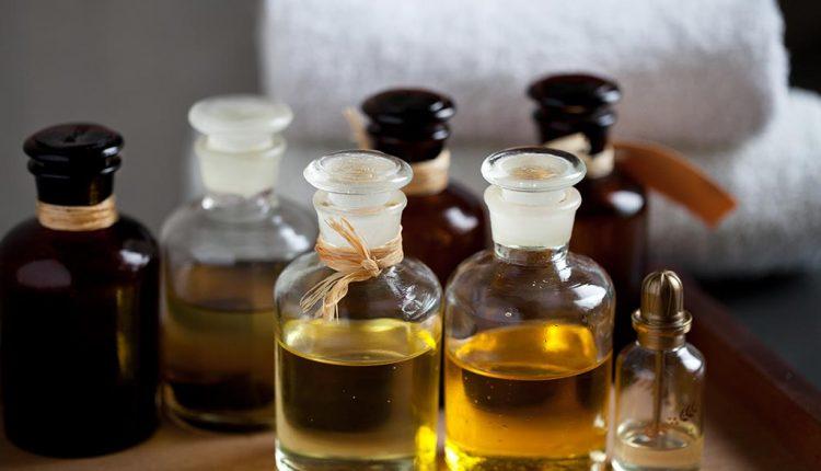 افضل زيت مساج للجسم مركز مساج مساج السعودية خبراء التدليك Oil Cleansing Method Cleansing Oil Help Dry Skin