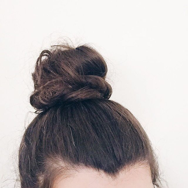 Top 100 widows peak photos Top knot . . . #home #hair #sunday #selfie #hairfie #topknot #widowspeak #bloggerslife See more http://wumann.com/top-100-widows-peak-photos/