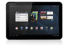 Motorola Xoom tablet with Android 4.0 (ICS)