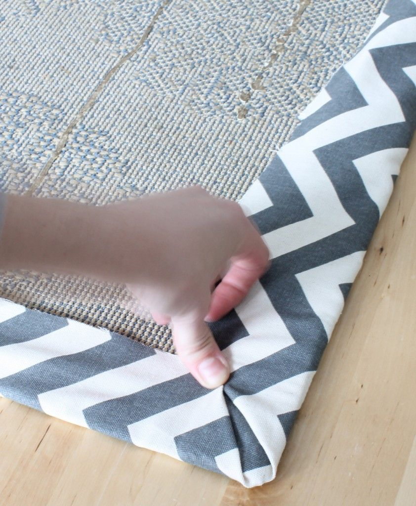The 2 Seasons The Mother Daughter Lifestyle Blog Diy Rug Leftover Carpet Carpet Remnants