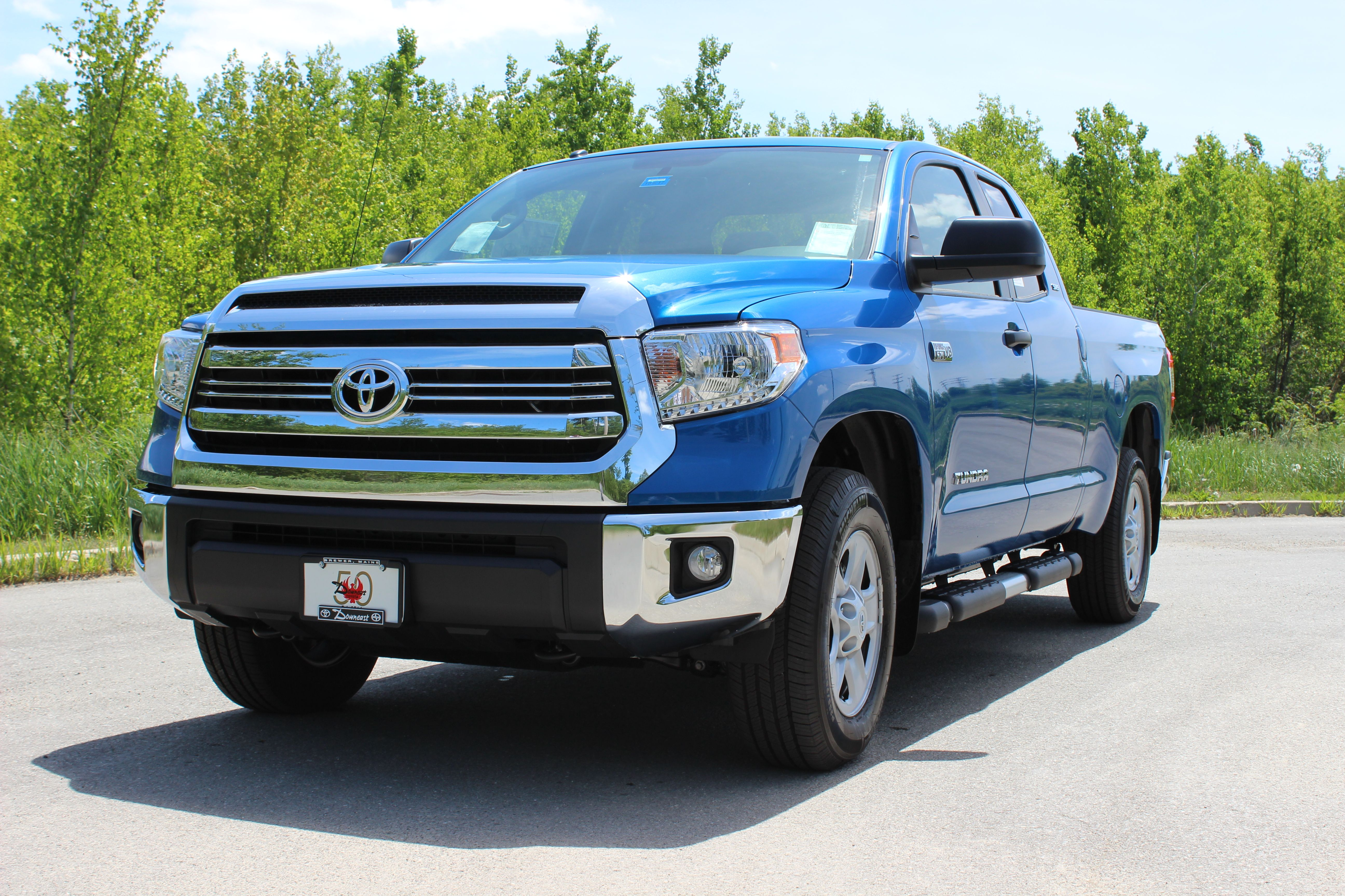 2018 toyota tundra trd sport front grille in garage doorway toyota tundra pinterest toyota tundra trd tundra trd and toyota tundra