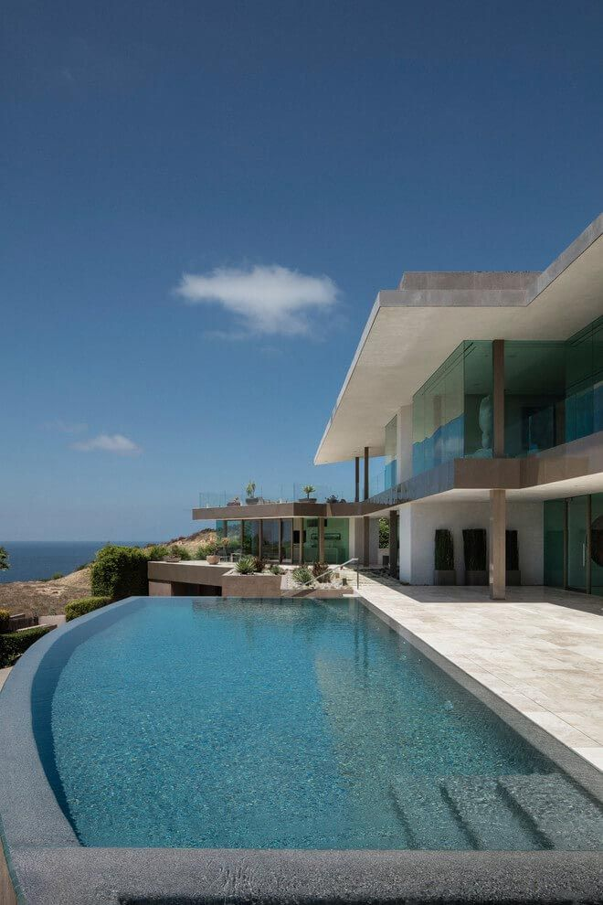 Luxurious La Jolla hilltop villa with awesome sea views designed by ...