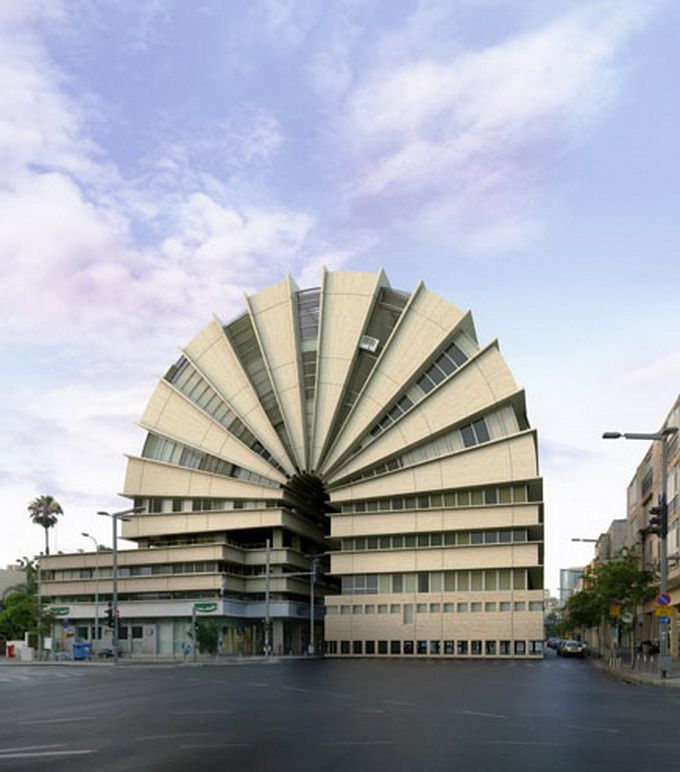 Architecture by Victor Enrich
