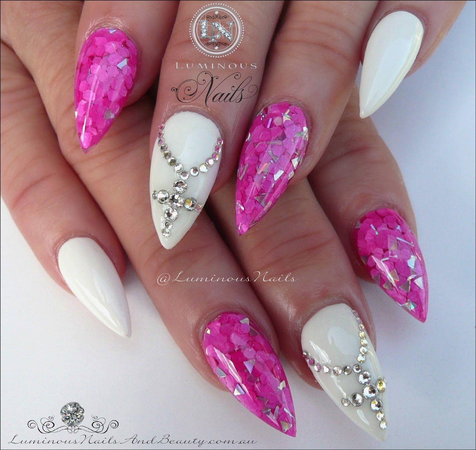 Modele Unghii 2019 13 Modele Unghii In 2019 Luminous Nails