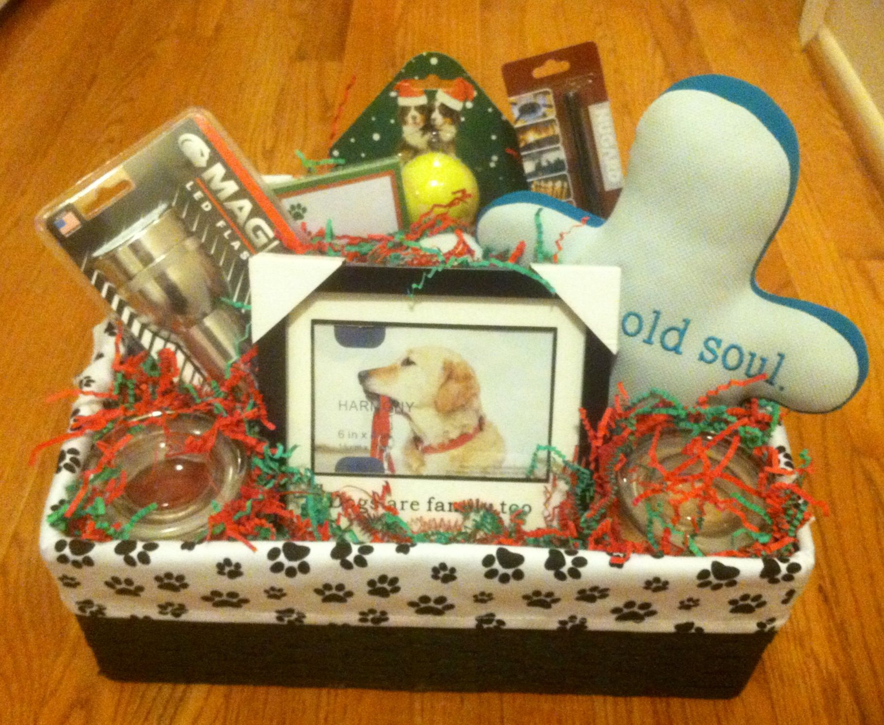 Gift basket for a dog lover dog crafts gift and raffle for Gift ideas for craft lovers