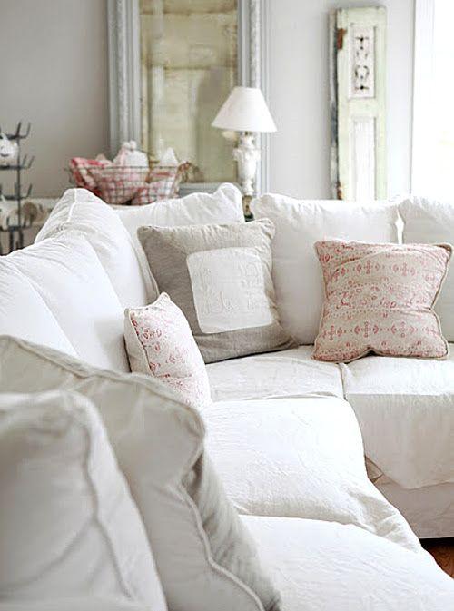 sofá branco.