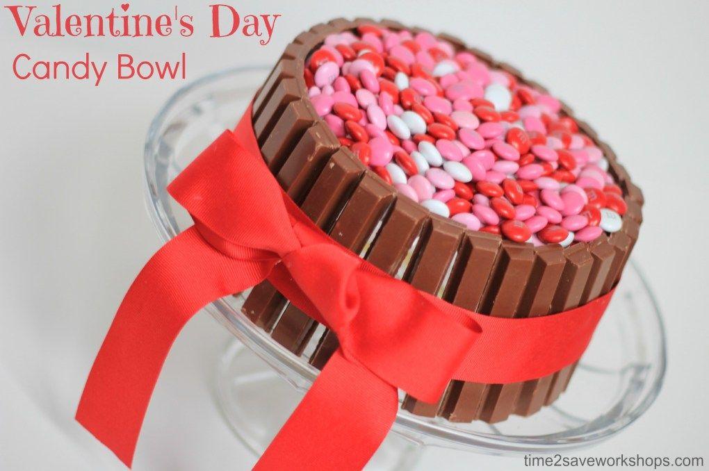 10 Valentine's Day Food & Treats - DIY KitKat Candy Bowl